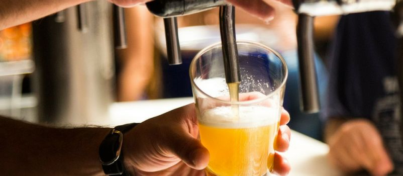 Photo for: How To Pour Beer